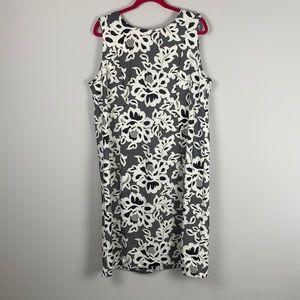 NWOT Shelby & Palmer Sleeveless Floral Midi Dress